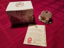 Lilliput Lane Clover Cottage Mint in Box with Deed