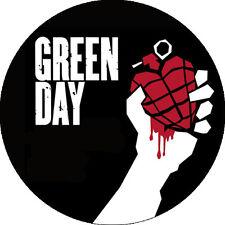 IMAN/MAGNET GREEN DAY . punk rancid nirvana ramones adolescents hardcore clash