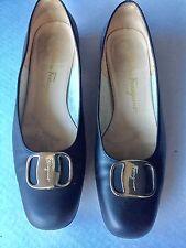 Ferragamo Boutique Wms Classic Flats Matte Black Leather Sz 8C Stacked Heel