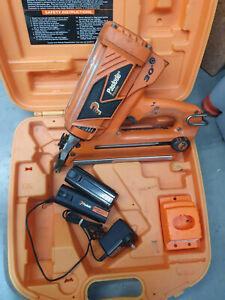 Paslode Gas Framer Nail Gun Kit