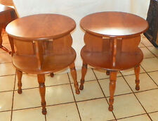 Pair Of Round Mid Century Maple Side Tables / End Tables (CS T335)