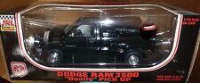 JRL Collectibles 81800 Dodge Ram Dually 3500 Pickup 1/18 BLACK