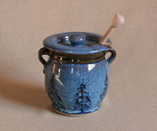 potterybydave - Honey Pot in Blue with  Pine Trees Design and Dipper