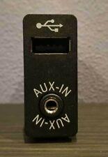 BMW X3 F25 Original USB Buchse AUX IN Eingang Input Socket Port 9237653