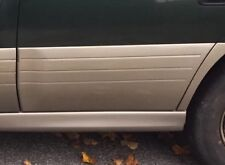 Subaru Outback Left Rear Door Moulding Garnish Trim 2000-2004 Paint Code 040