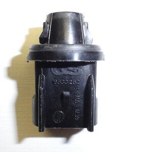 03-09 H2 06-10 H3 Hummer Roof Center Cab Light Bulb Socket GM EACH