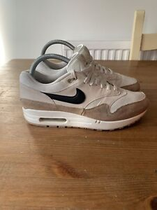 Nike Air Max 1 Sand Black UK8 AH8145-200. Men's 95 90 97