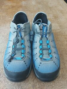 Berghaus Kovert Active Trainer Ladies Uk5 in Excellent Used Condition pull tie