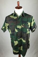Vintage Gung Ho USA Men's Size  Classic Camoflauge Short Sleeve Button Up Shirt
