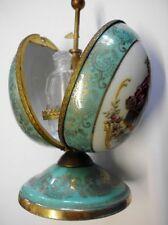 Hübsches Porzellan-Parfum-Ei mit Flakons-LIMOGES-Porcelain perfume bottle egg