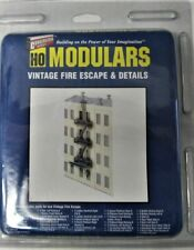Walthers 933-3729 Modulars Vintage Fire Escape & Details kit HO Scale 1/87 New
