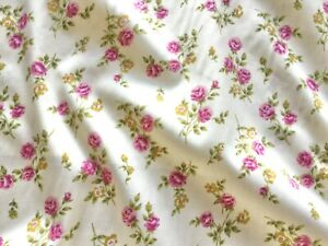 Rose Roses Floral Fabric  100% Cotton Material   Vintage / Roses / Flowers