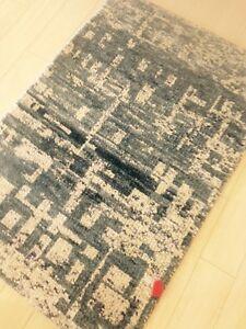 Modern Spectacular Art Silk Gray/White area Rug 2'x3' Carpet Hand Woven Artistic