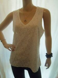 5/8 PREOWNED GORGEOUS WHITE LACE V NECK SLEEVELESS F & F TOP 18