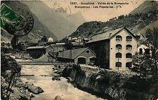 CPA   Dauphiné - Vallée de la Romanche -Rioupéroux - Les Papeteries   (434878)