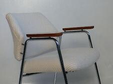 1 Stück  Knoll  60er Jahre Armlehnenstuhl Konferrenzstuhl Teak Wolle stapelbar