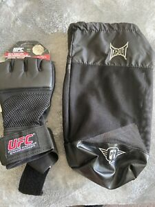 UFC gloves Size Large Gel Padded MMA Boxing Training with Tapout Carrying Bag