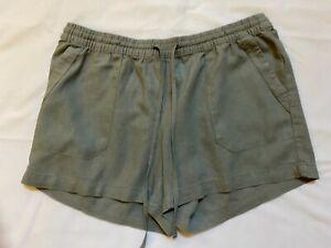 Emerson Linen Shorts