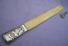 VICTORIAN SOLID SILVER HANDLE PAGE TURNER - LONDON 1894 -  280mm LONG - W.W.