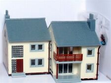 N Garden Apartments BUILT-UP Lighted with 2 Figures MDP-2612