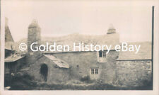 ANTIQUE 1928 REAL PHOTO PHOTOGRAPH FASHION PEOPLE TINTAGEL RUINS OLD HOUSE