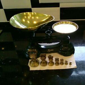 Green Librasco Kitchen Scales & Seven Brass Weights.
