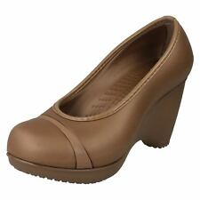 Ladies LENA bronze wedged slip on shoe by Crocs SALE NOW £7.99 Size UK 3 ( W 5)