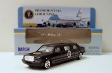 DARON REALTOY RT5739 Presidential Limousine Die-Cast Vehicle Toy. NEW