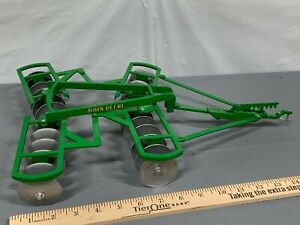 JOHN DEERE 1:8 Scale TANDEM DISC Tractor Implement Scale Models HUGE Die-Cast