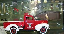 Franklin Mint 1999 Christmas Truck 1940 Ford 1/24 Diecast w/ box and brochure
