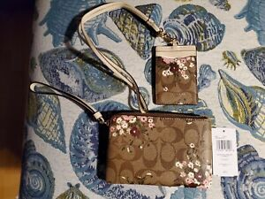 Coach Evergreen Floral Wristlet And ID Lanyard NWT