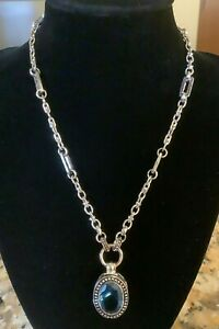 New Boxed 2003 Avon Link Necklace With Large Oval Pendant, Stunning