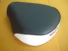 """SOLO SEAT HONDA C50 C100 C65 C70 C90 """"GREY+WHITE"""" & GREY TRIM  (mi)"""