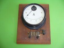 809G01 Altes Amperemeter bis 5 A auf Holzbrett, RPNo. 68