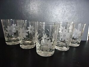 "Set of 5 Vintage Etched Floral Clear Glass Juice Tumblers 4"" tall"