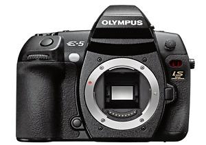 [NEAR MINT] Olympus EVOLT E-5 12.3MP Digital SLR Camera - Black Body (N614)