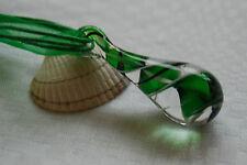 Collar De Cristal De Murano En Forma De Lágrima Verde Negro Remolinos + cable cinta collar