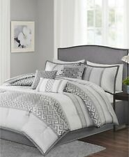 Madison Park Bennett 7-Pc Metallic Greek Key Geometric Comforter Set KING - Grey