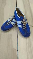 Vintage  Dunlop sports shoes trainers size 4  retro