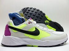 NIKE AIR ICARUS NSW SUMMIT WHITE/BLACK-VOLT SIZE MEN'S 10 [819860-107]