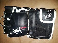 Hayabusa Ikusa 4oz MMA Gloves Brand New Medium Size