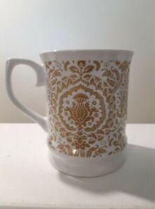 Signature Housewares Room Creative Gold Damask Coffee Mug 2014 Stoneware Tea Cup
