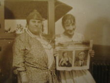 ANTIQUE MAGAZINE NEWSPAPER GERMAN OFFICER? MOTHER DAUGHTER IMMIGRANTS? OLD PHOTO