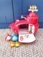 Twirlywoos Big Red Boat With 5 Figures Lights And Sounds Fully Working