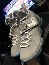 "New Nike Lebron 14 ""Air Mag"" Size 8.5 DS"