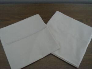 SHERIDAN Cream coloured Pillowcase Covers x 1 Pair.  NEW