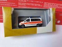 herpa--Vito Bus     Bundeswehr     Blut- & Organtransporte-.Rettungswagen-700535