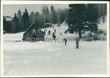 1935 Ski Club Cedar Canyon Utah Canyon Crest Inn Original News Service Photo