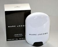 MARC JACOBS GLOW STICK GLISTENNING ILLUMINATOR 700 SPOTLIGHT 0.49 OZ BOXED