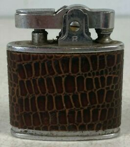 Vintage Realite Lighter w/Leather Wrap. Made in Japan!